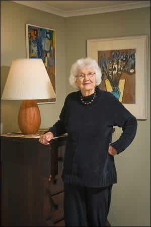 Lorrie Otto with Grotenroth paintings